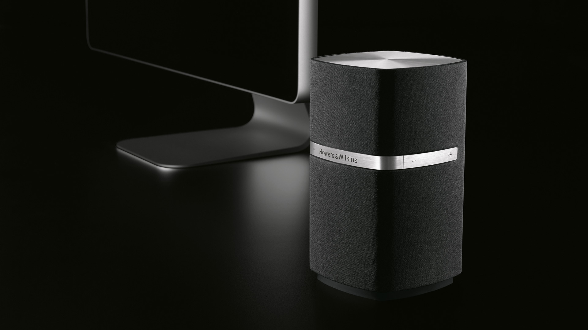 bowers wilkins mm1 campaign and film thomas manss company. Black Bedroom Furniture Sets. Home Design Ideas